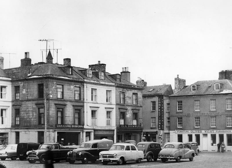 A Hume and Kelso Square - 1960s. Image from Hector Innes