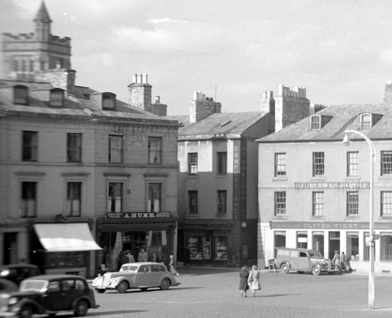 A Hume and Kelso Square 1950 - Image from Hector Innes