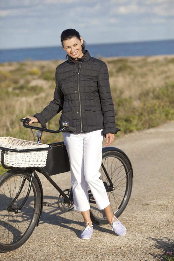 Capri pants flatter longer legs and shorter lengths suit those of more slight stature. Thankfully, Dubarry's quilted jacket works for us all.