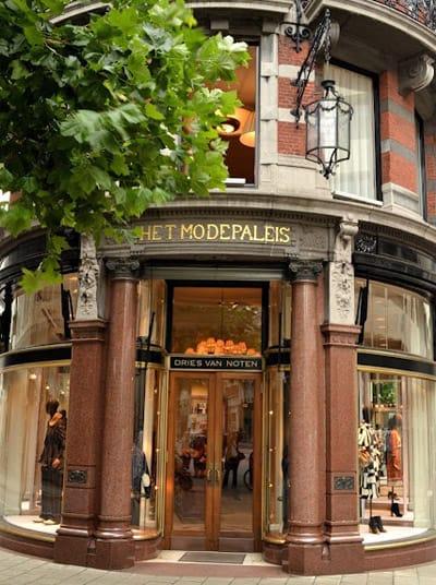 Dries van Noten Modepaleis Antwerp