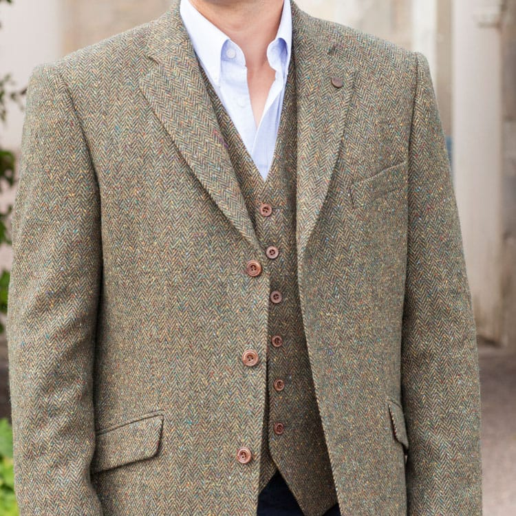 How to Wear a Tweed Jacket - A Hume Country Clothing Blog | A Hume