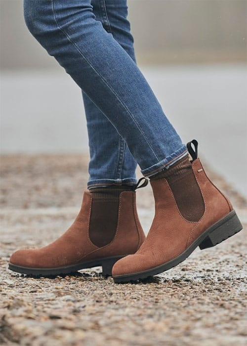 when buying (and wearing) Chelsea boots