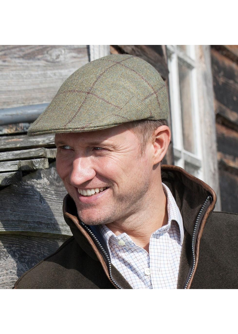 A Hume Eastfield Cashmere Cap  Large Image