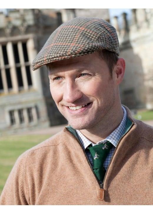 A Hume Mowhaugh Cashmere Cap