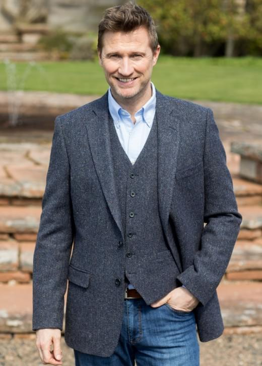 Magee Venchen Donegal Tweed Jacket